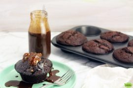 Fig Chocolate Cakes with Fudge Sauce